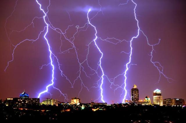 lightning sandton